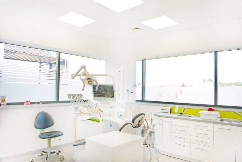 stomatolog podolany strzeszyn piątkowo